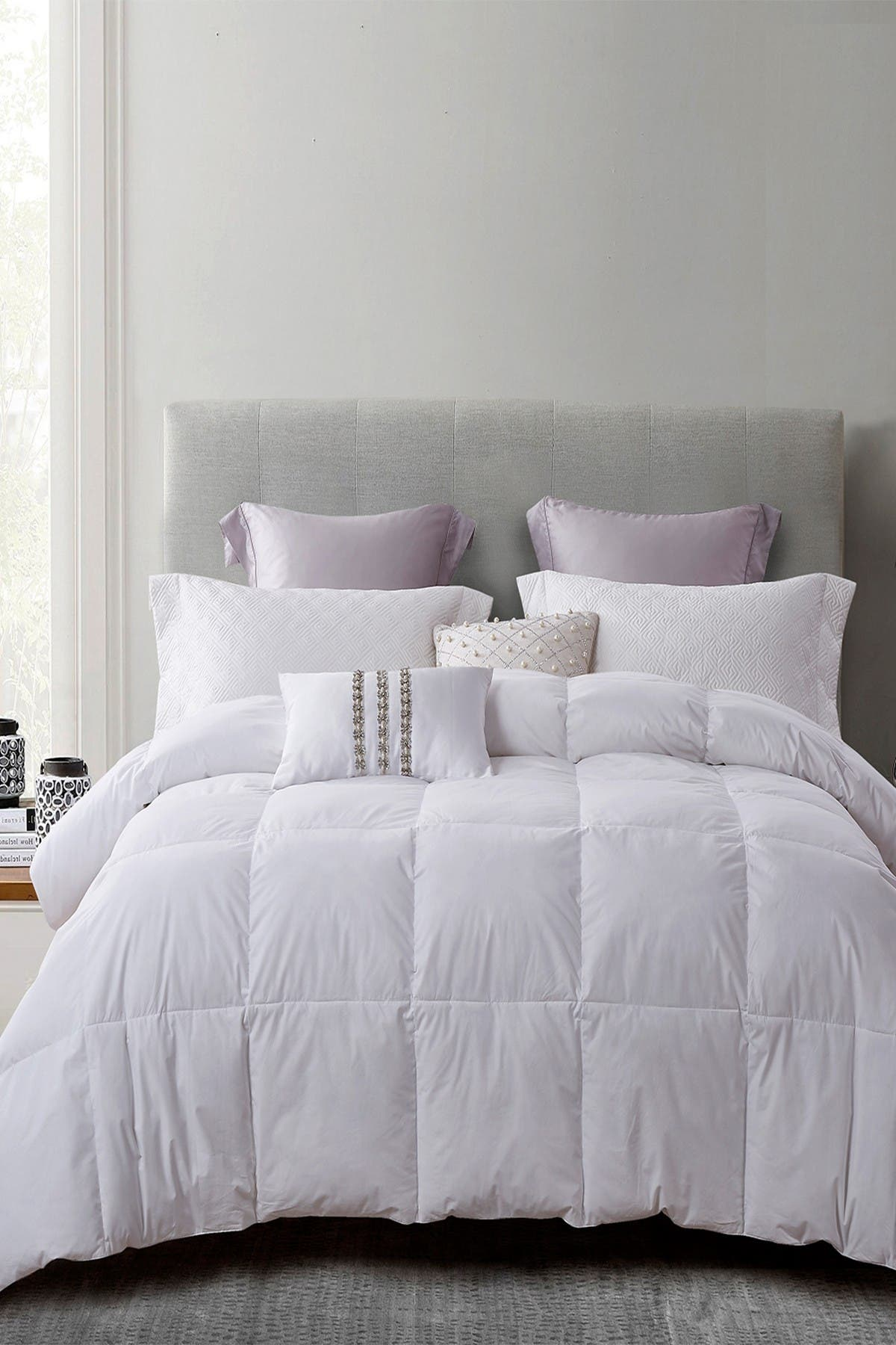 Image of Blue Ridge Home Fashions Martha Stewart 240 Thread Count 90/10 White Feather/ Down Fiber Comforter - Full/Queen