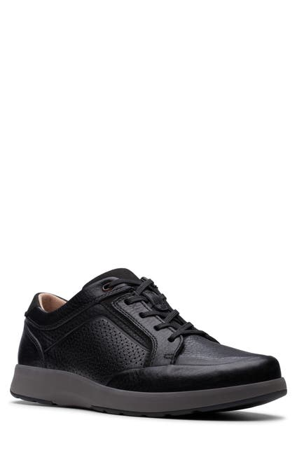 Image of Clarks Untrail Form Lace-Up Sneaker