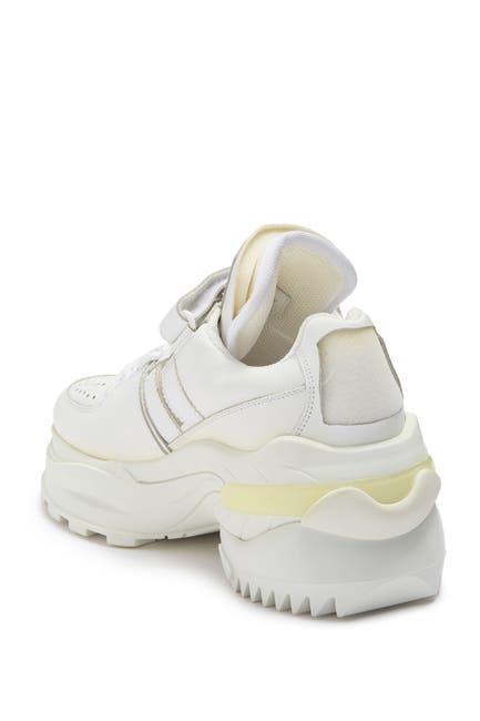 Image of MAISON MARTIN MARGIELA Leather Sneaker