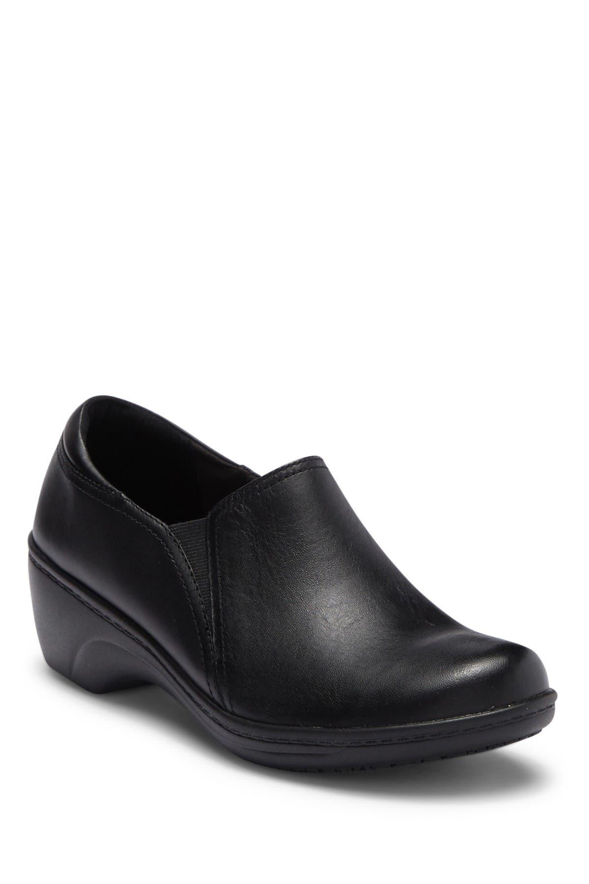 Clarks | Grasp Chime Leather Wedge Slip