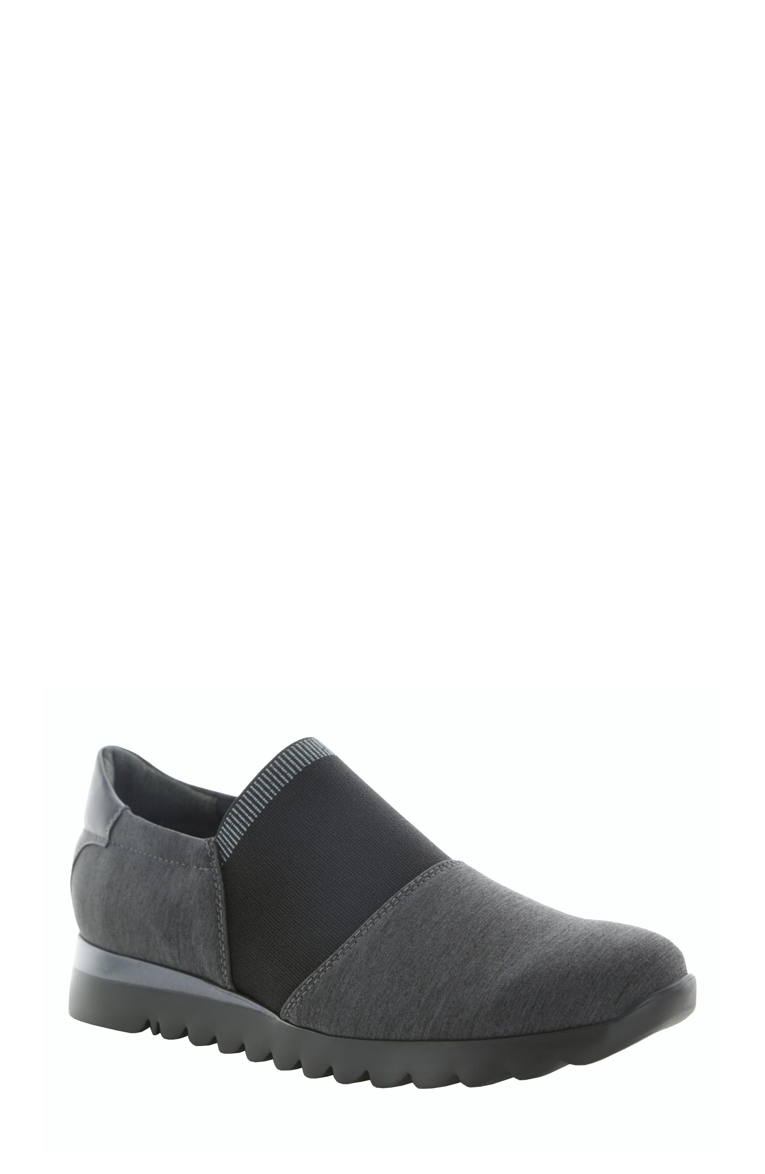 Munro Kj Slip-On Sneaker, Grey