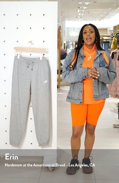 Sportswear Essential Fleece Pants, sales video thumbnail