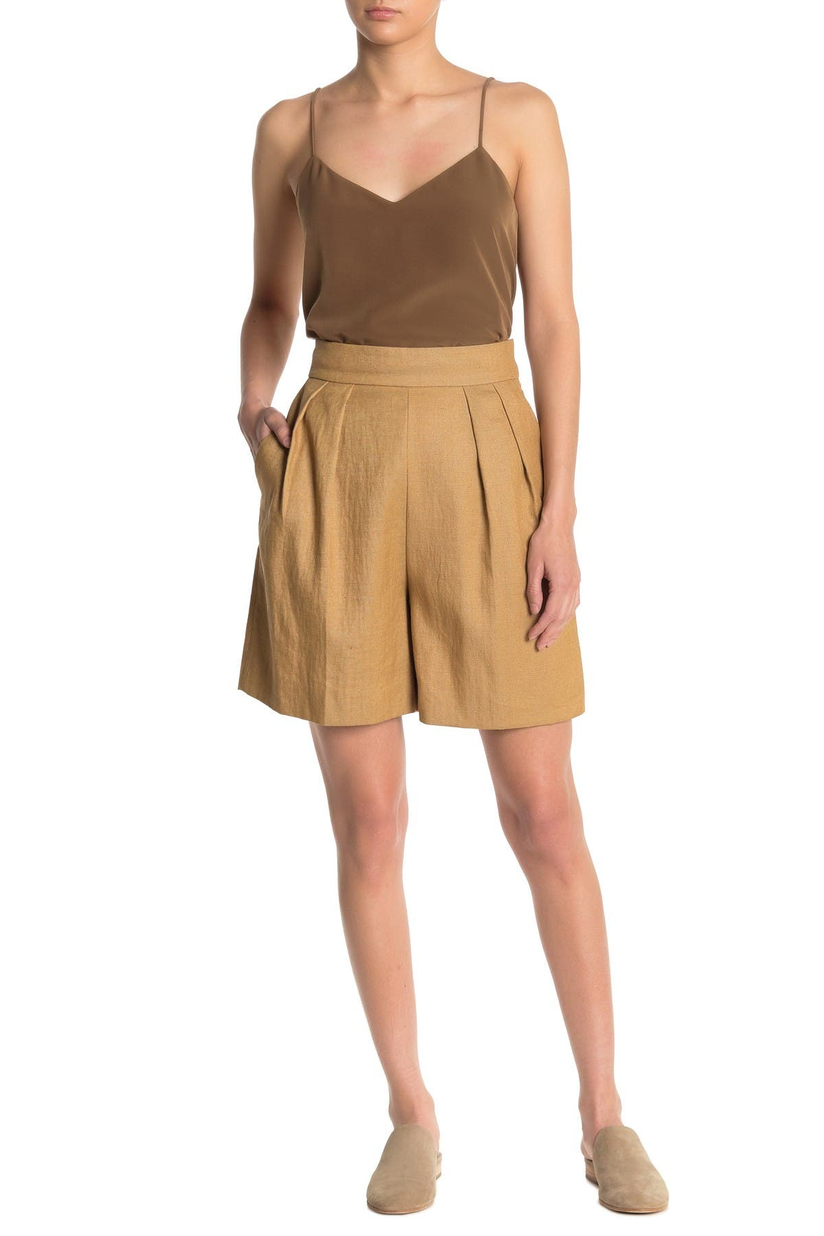 Image of Theory Pleated Bermuda Shorts