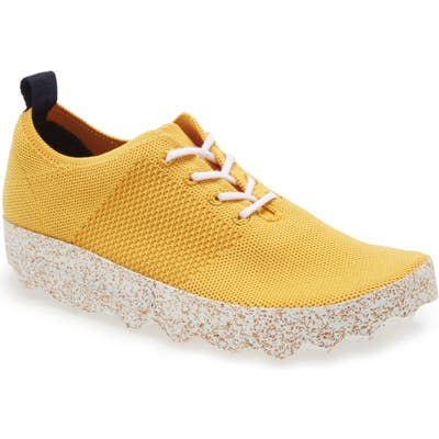 Asportuguesas By Fly London Code Platform Sneaker - Yellow