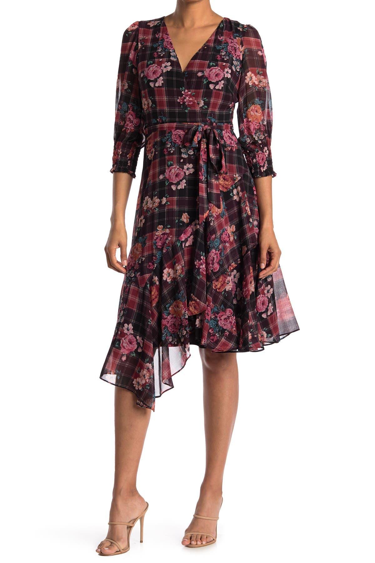 Image of Gabby Skye Elbow Sleeve Floral Plaid Dress