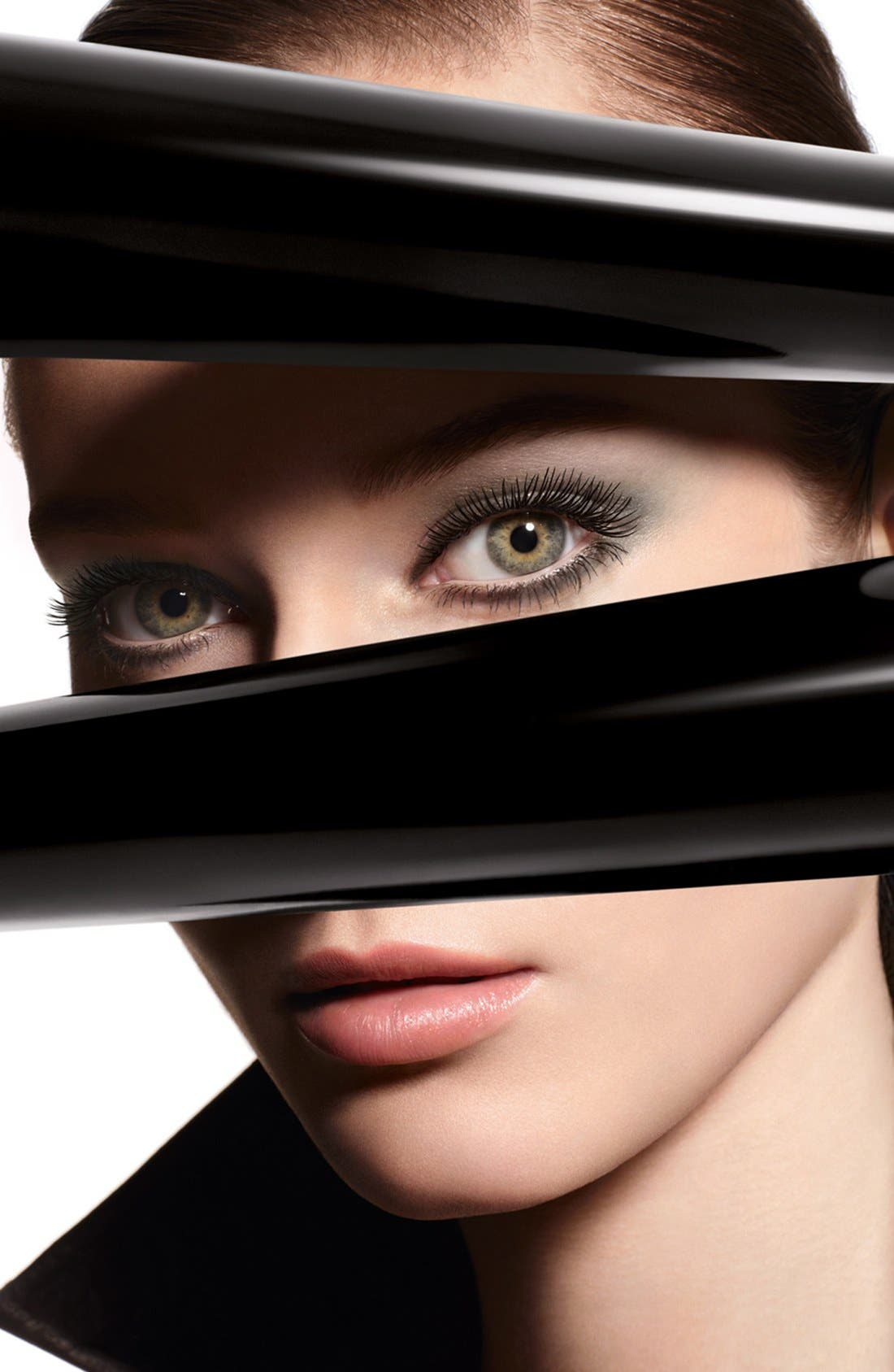 ,                             LES 4 OMBRES <br />Quadra Eyeshadow,                             Main thumbnail 1, color,                             001