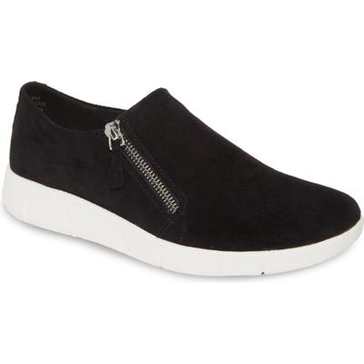 Johnston & Murphy Tracy Platform Sneaker- Black
