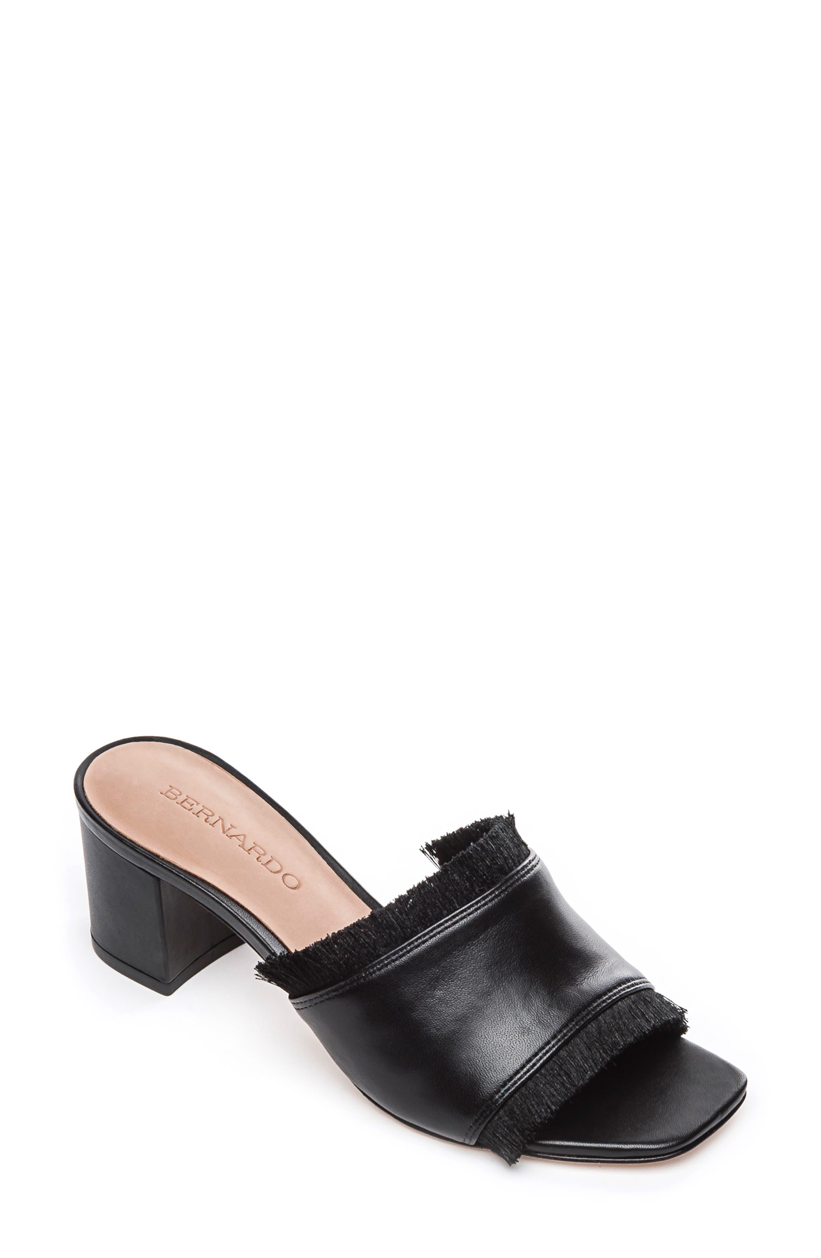 Bernardo Bryn Slide Sandal- Black