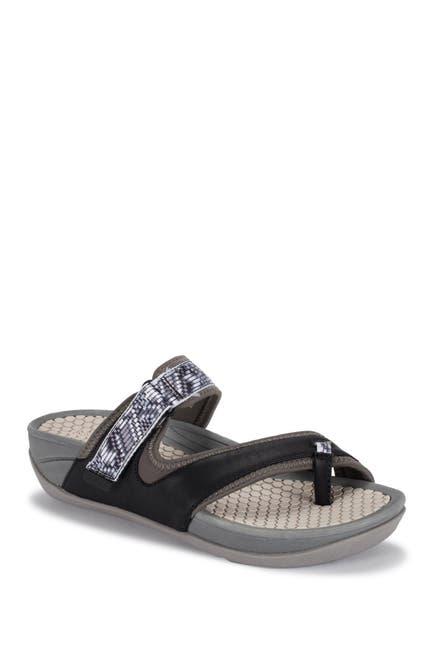 Image of BareTraps Deserae Slide Sandal