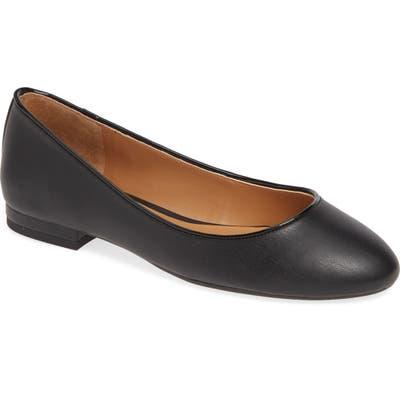 Jessica Simpson Garcelle Skimmer Flat, Black