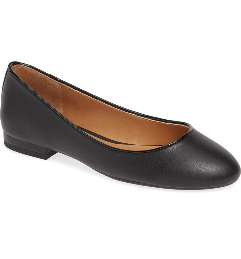 JESSICA SIMPSON Garcelle Skimmer Flat, Main, color, BLACK FAUX LEATHER