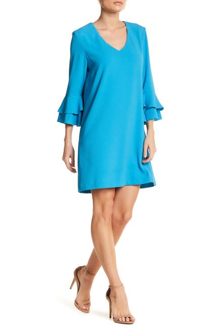 Image of Charles Henry Bell Sleeve Shift Dress