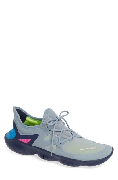 Free Rn 5.0 Running Shoe In Obsidian Mist Metallic Silver