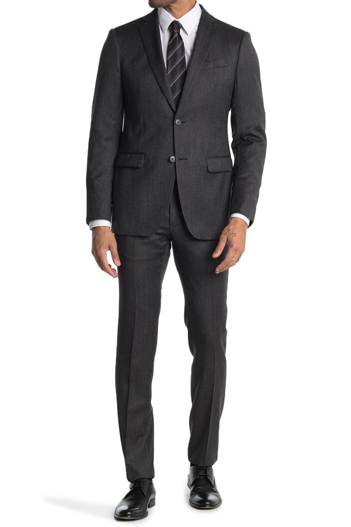 Image of John Varvatos Collection Nested Charcoal Solid Two Button Notch Lapel Wool Suit