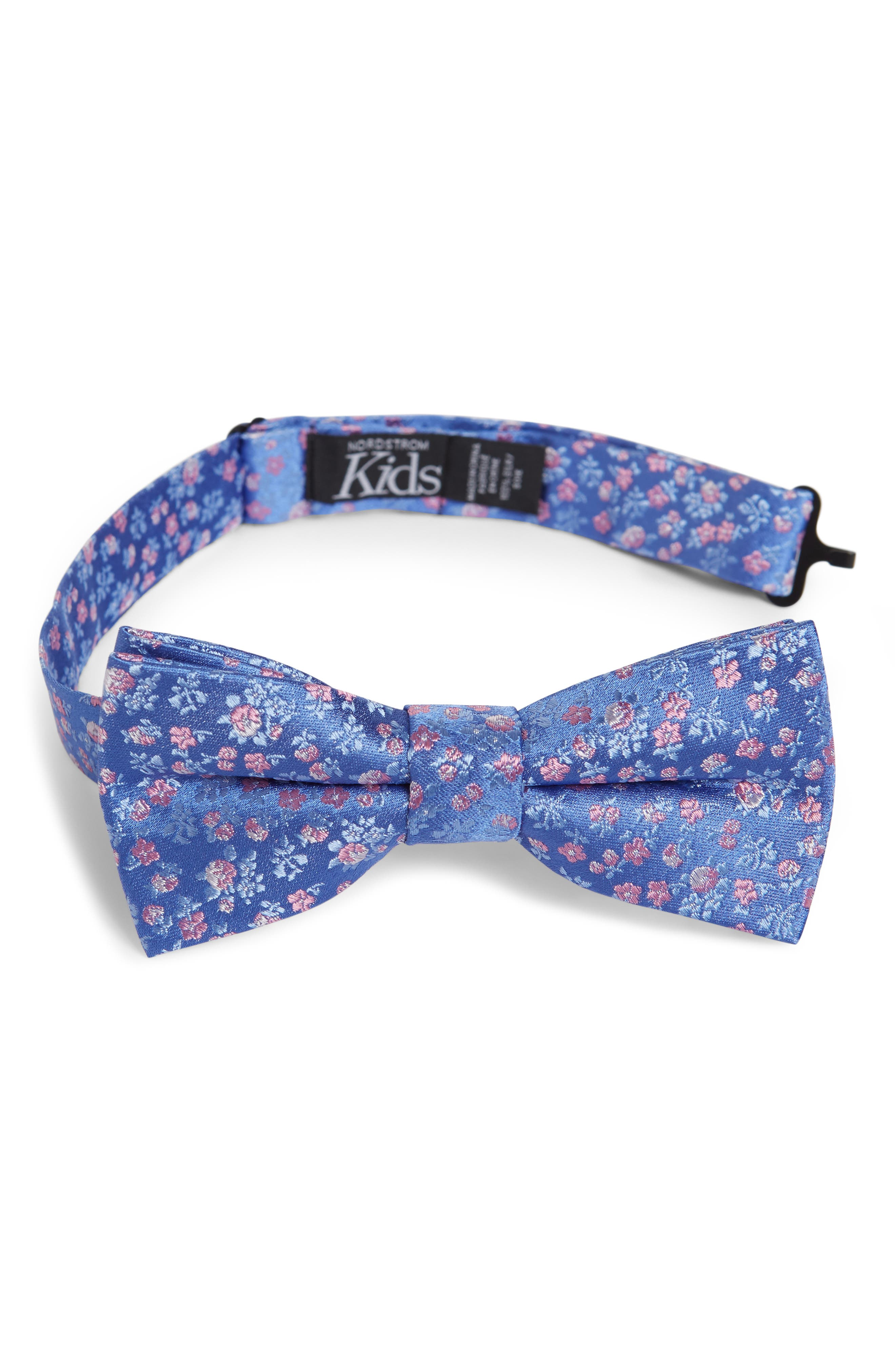 Boys Nordstrom Daniel Floral Print Silk Bow Tie Size Big Boy  Blue