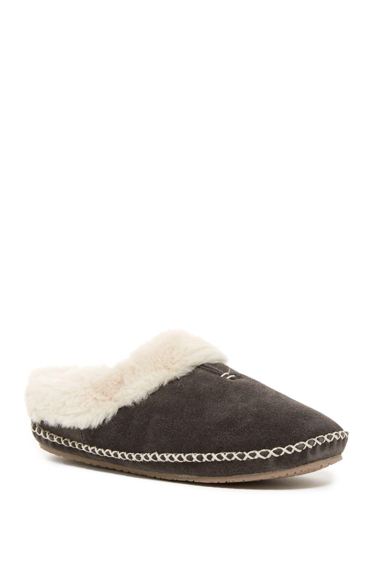 Image of Minnetonka Carolina Faux Fur Lined Clog Slipper