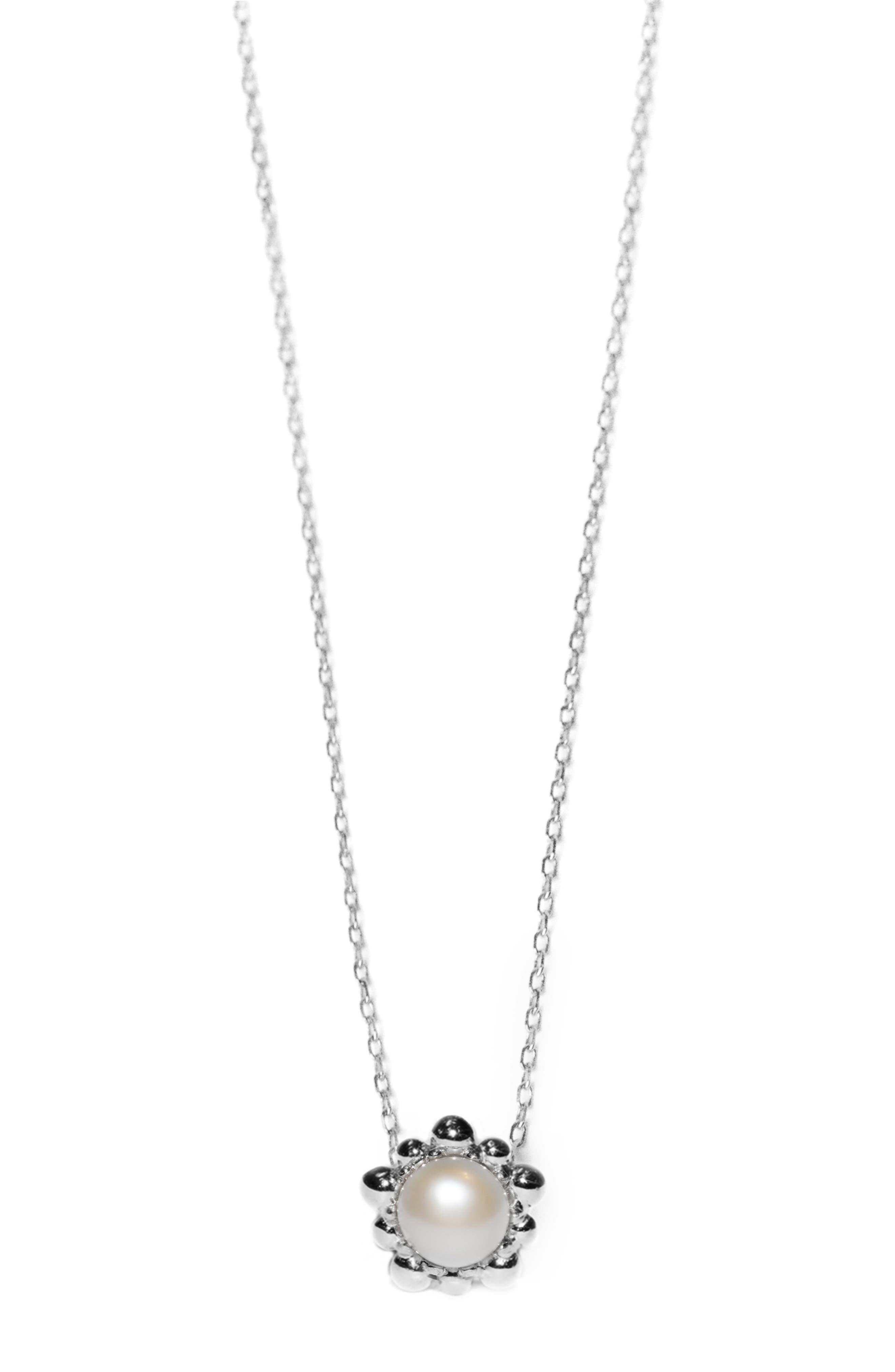 Dew Drop Pearl Pendant Necklace