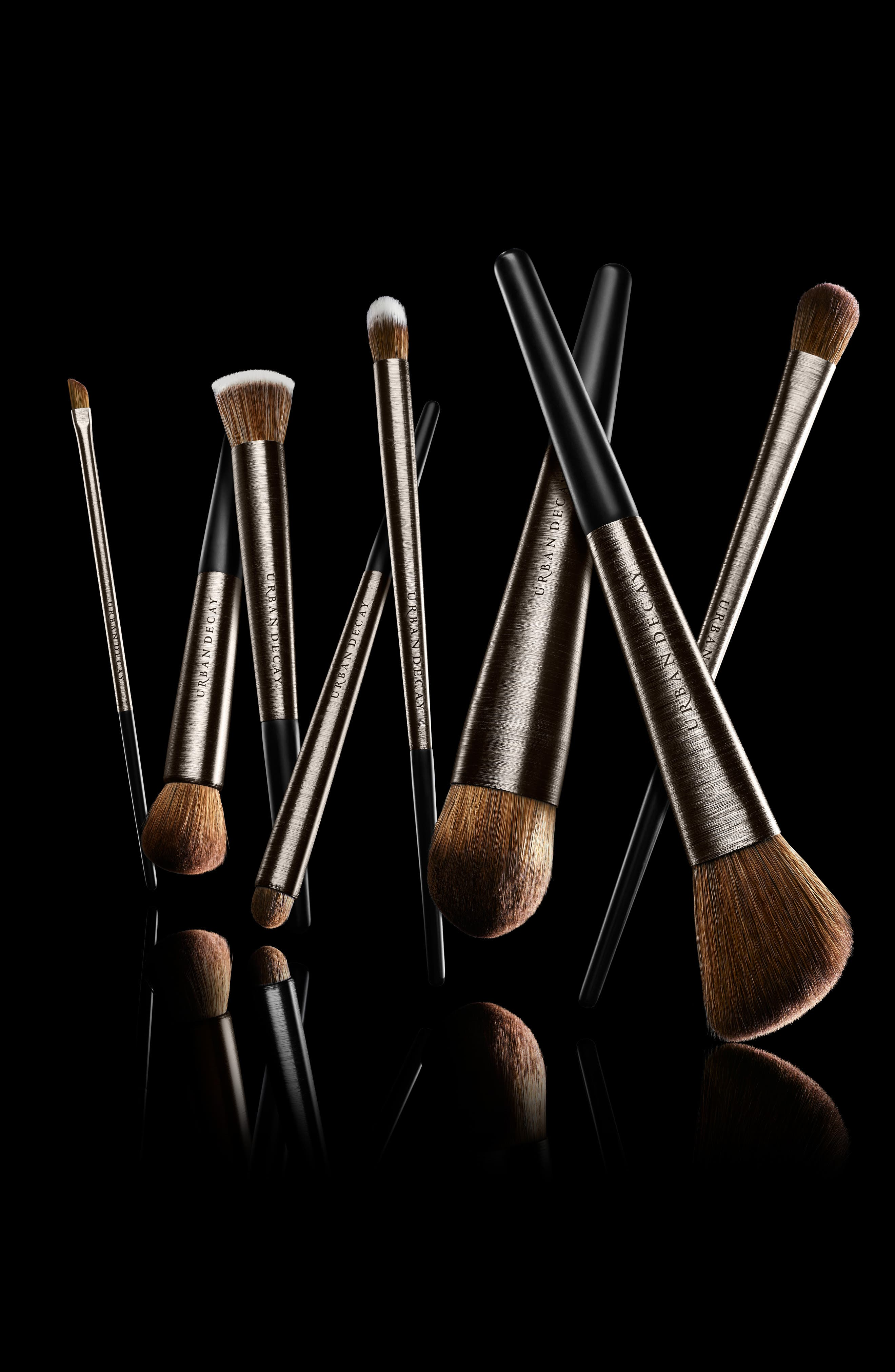 Urban Decay Pro Detailed Smudger Brush