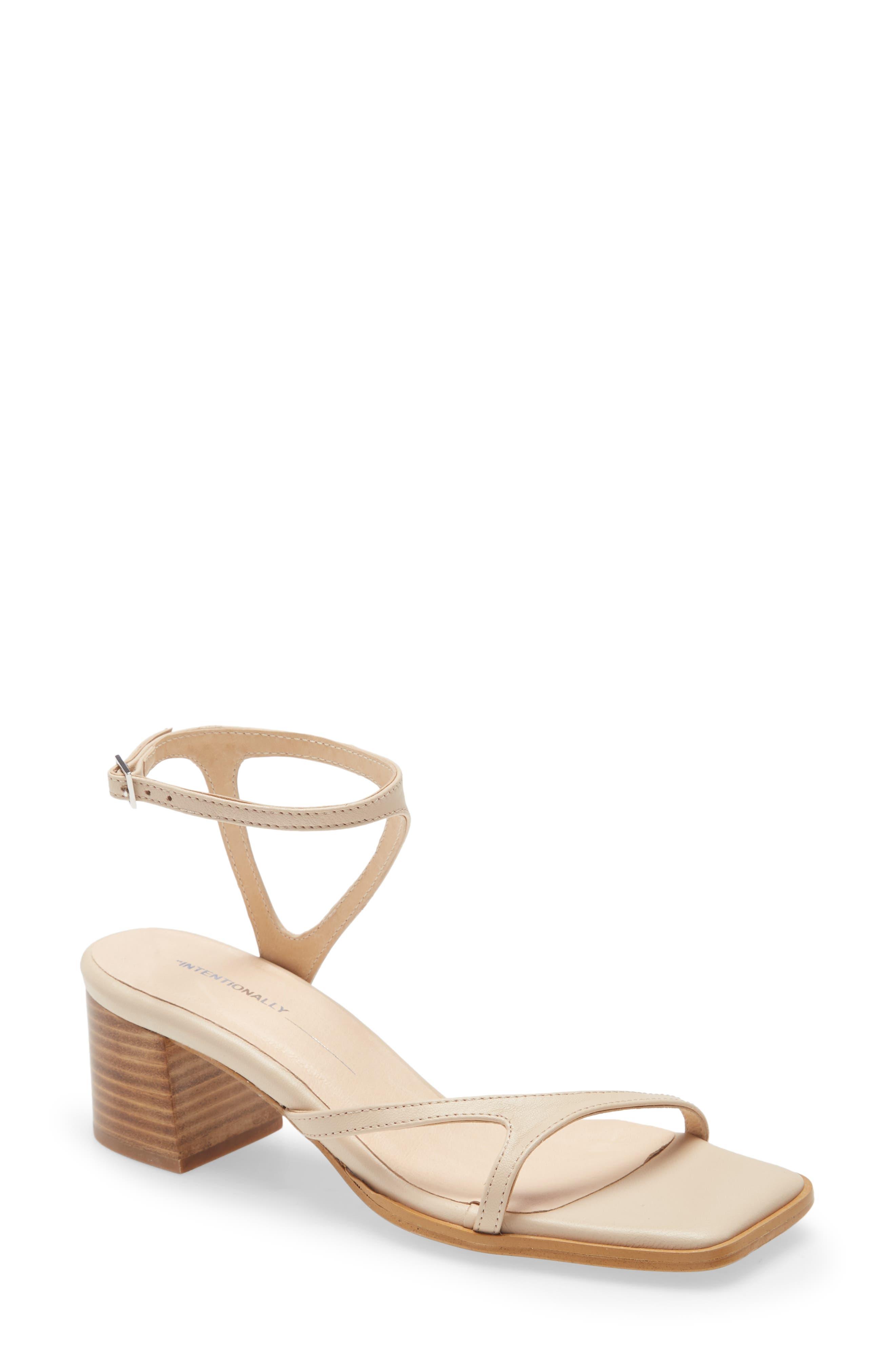 Fan Ankle Strap Sandal
