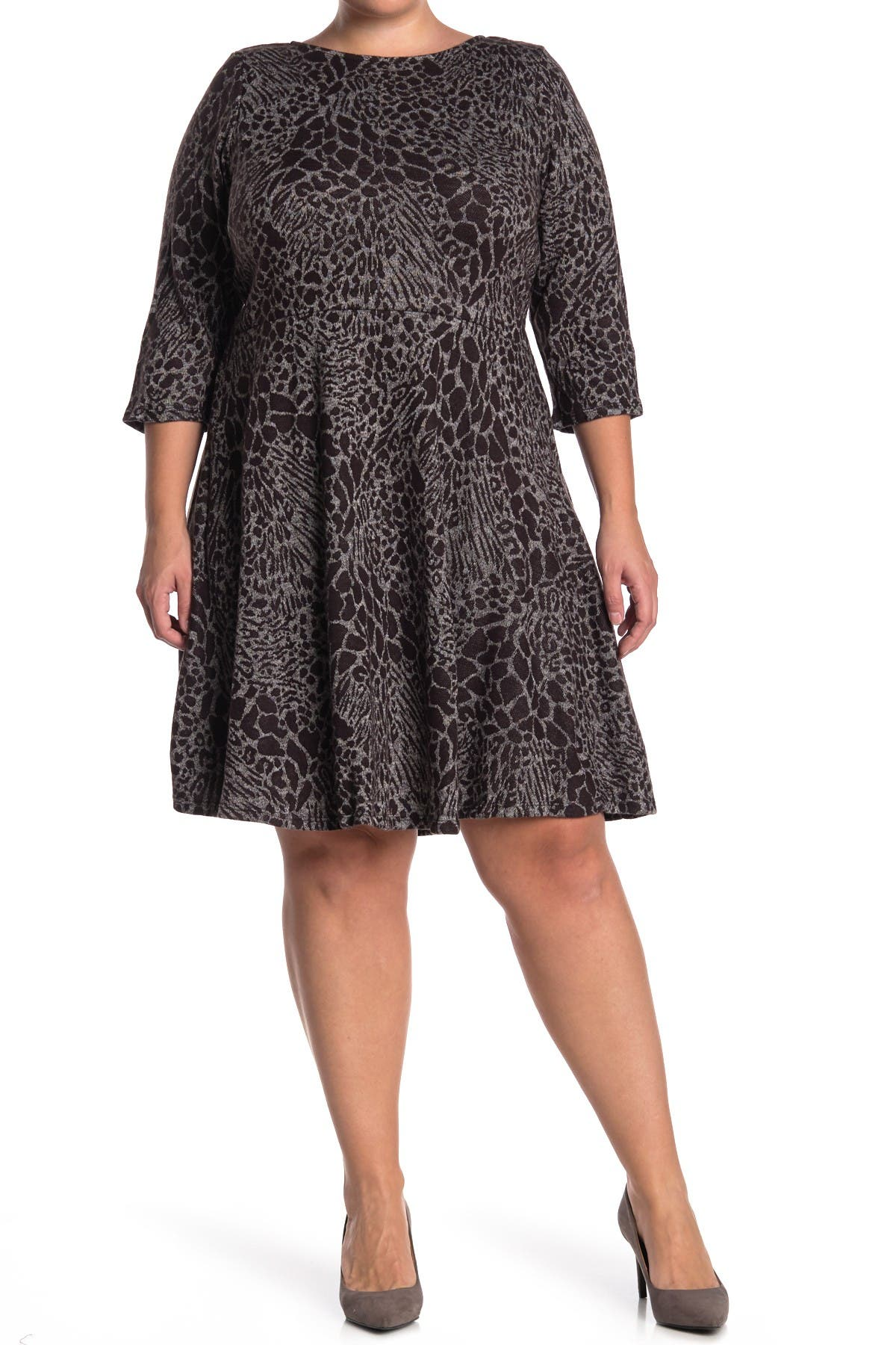 Image of Leota Stretch Knit 3/4 Sleeve Fit & Flare Dress