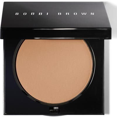 Bobbi Brown Sheer Finish Pressed Powder - #04 Basic Brown