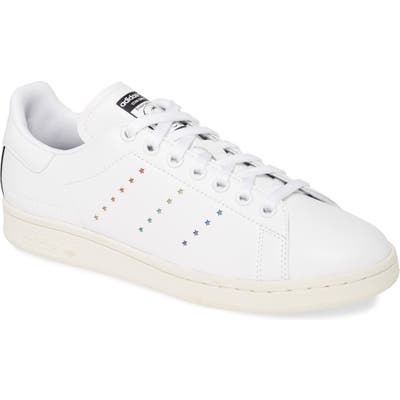 Stella Stan Smith Low Top Sneaker, / 4 Men