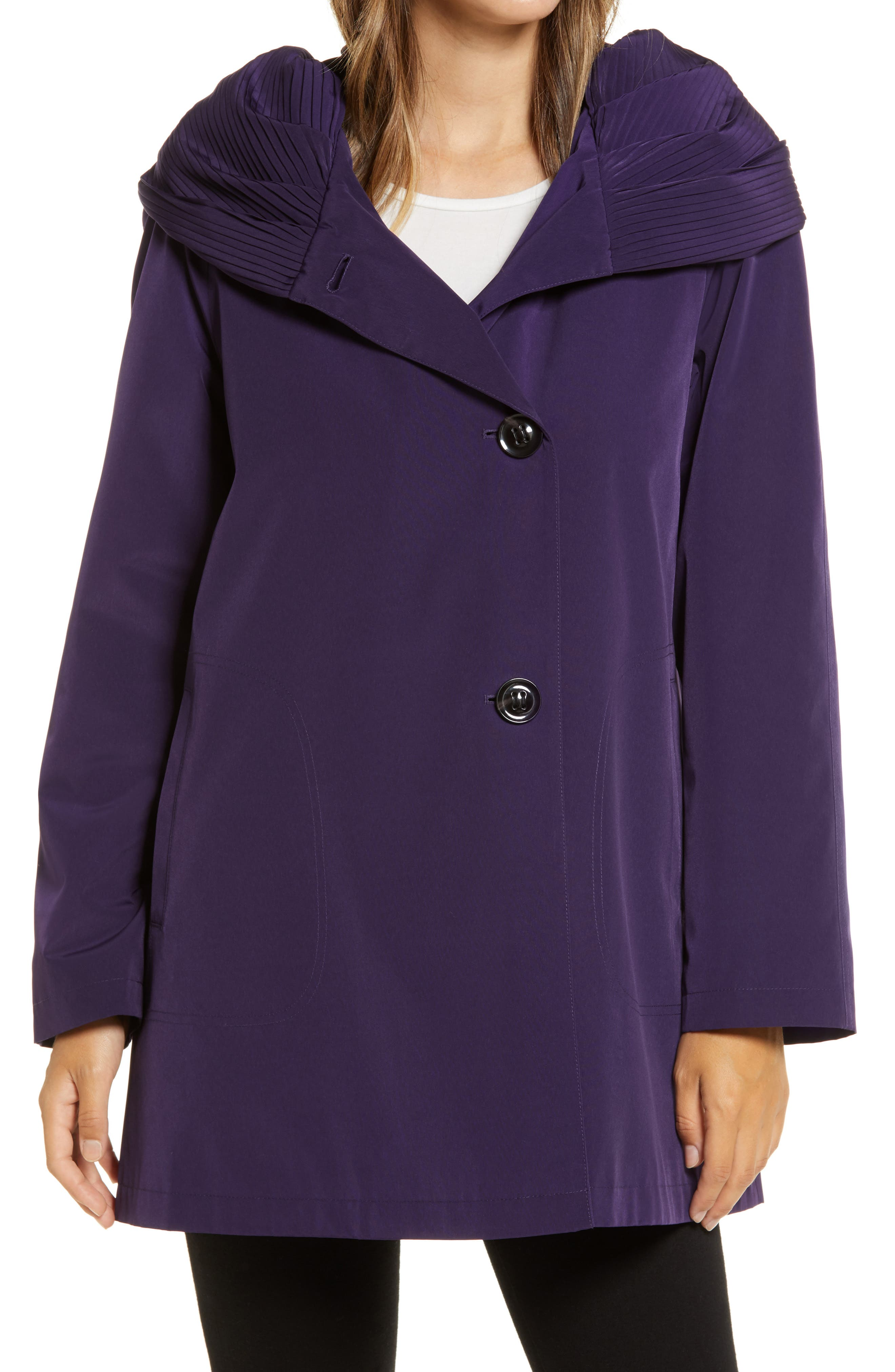 Pleated Collar Raincoat With Liner