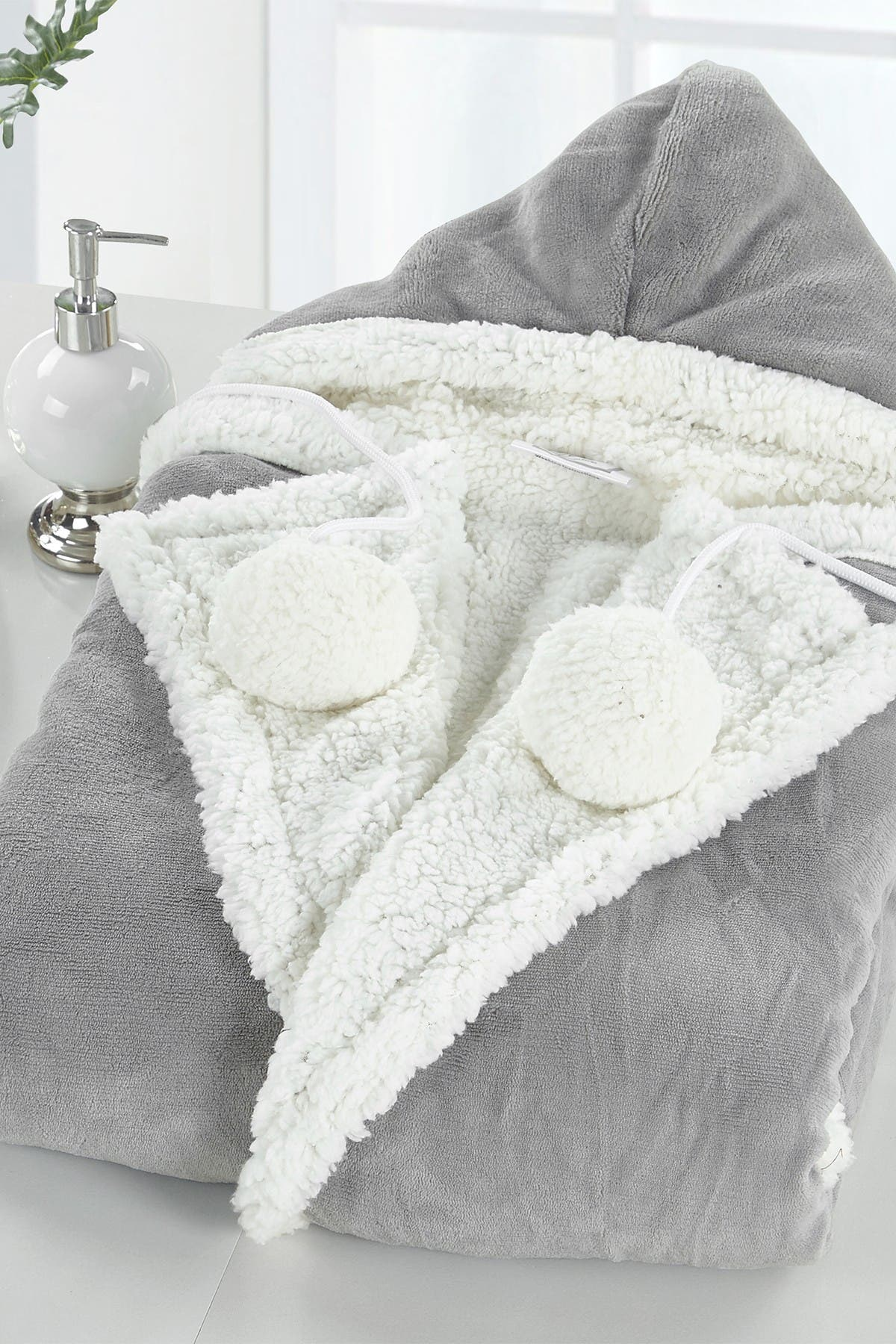 Image of Chic Home Bedding Yatco Faux Shearling Lined Snuggle Hoodie - Grey