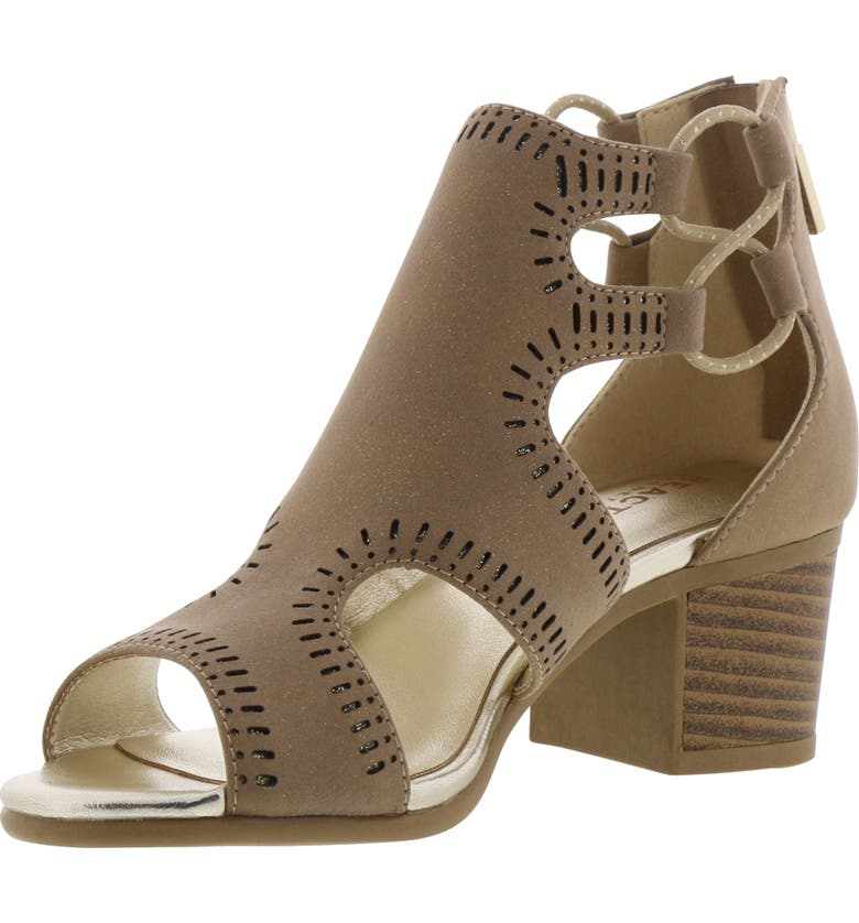KENNETH COLE REACTION Reaction Kenneth Cole Leveled Janice Perforated Sandal, Main, color, 250