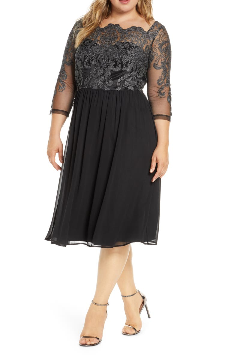 CHI CHI LONDON Curve Mya Glitter Embroidered Lace Cocktail Dress, Main, color, BLACK