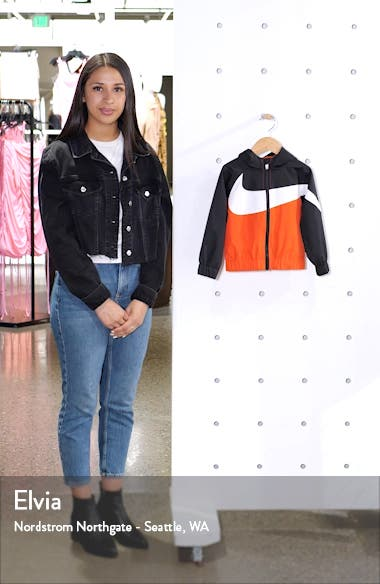 Oversize Windrunner Hooded Jacket, sales video thumbnail