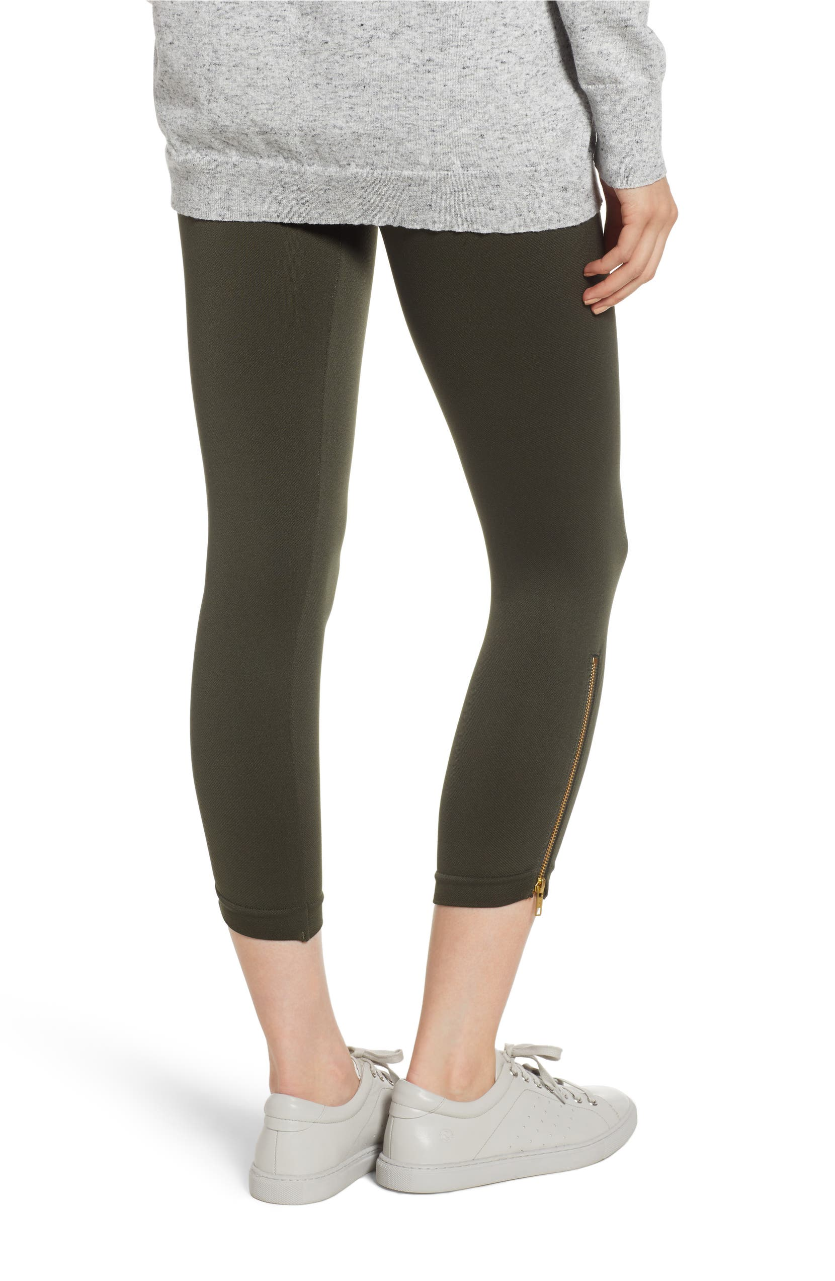 a44d25874e9 SPANX® Look at Me Now Seamless Side Zip Leggings
