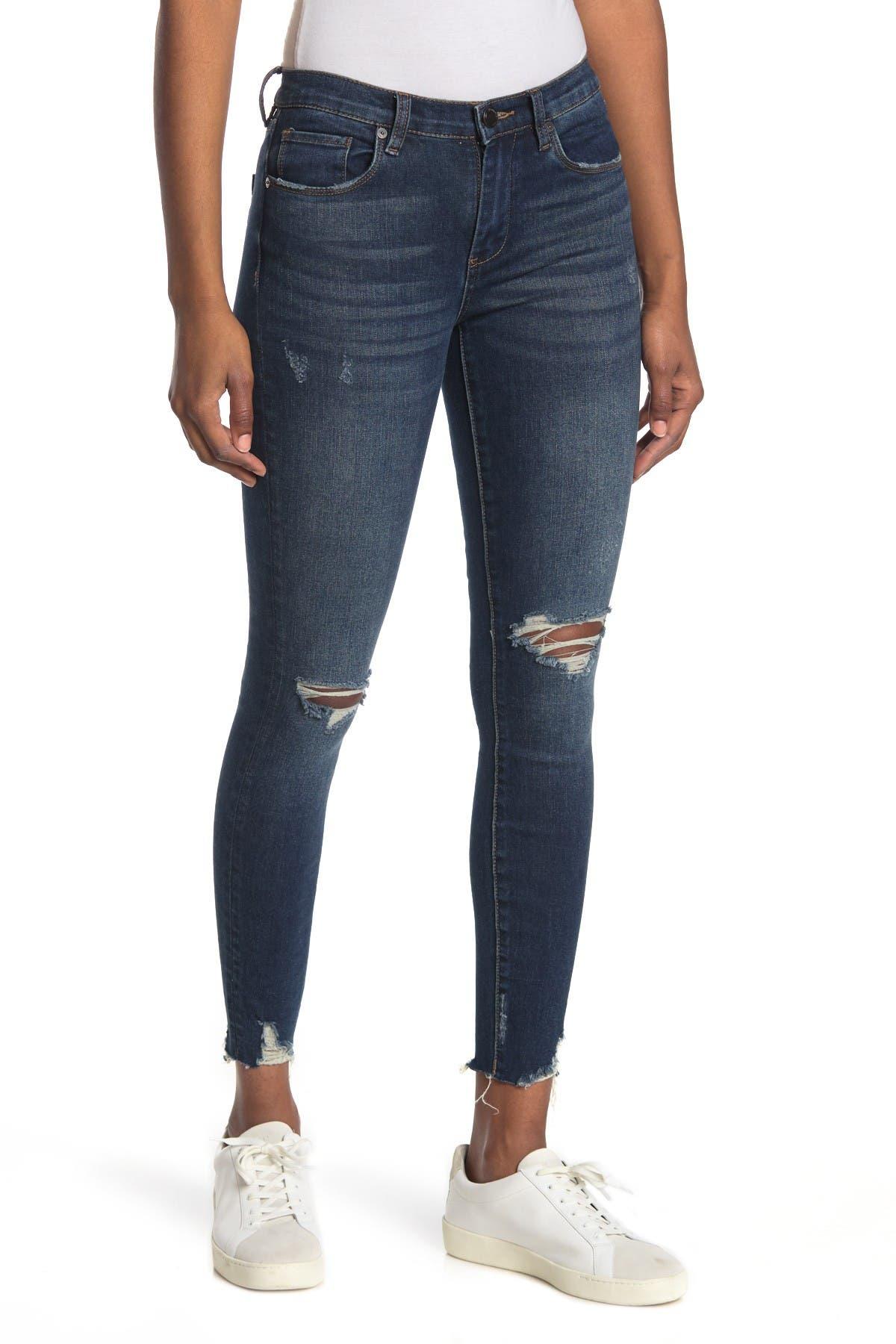 Image of BLANKNYC Denim The Bond Mid Rise Skinny Jeans