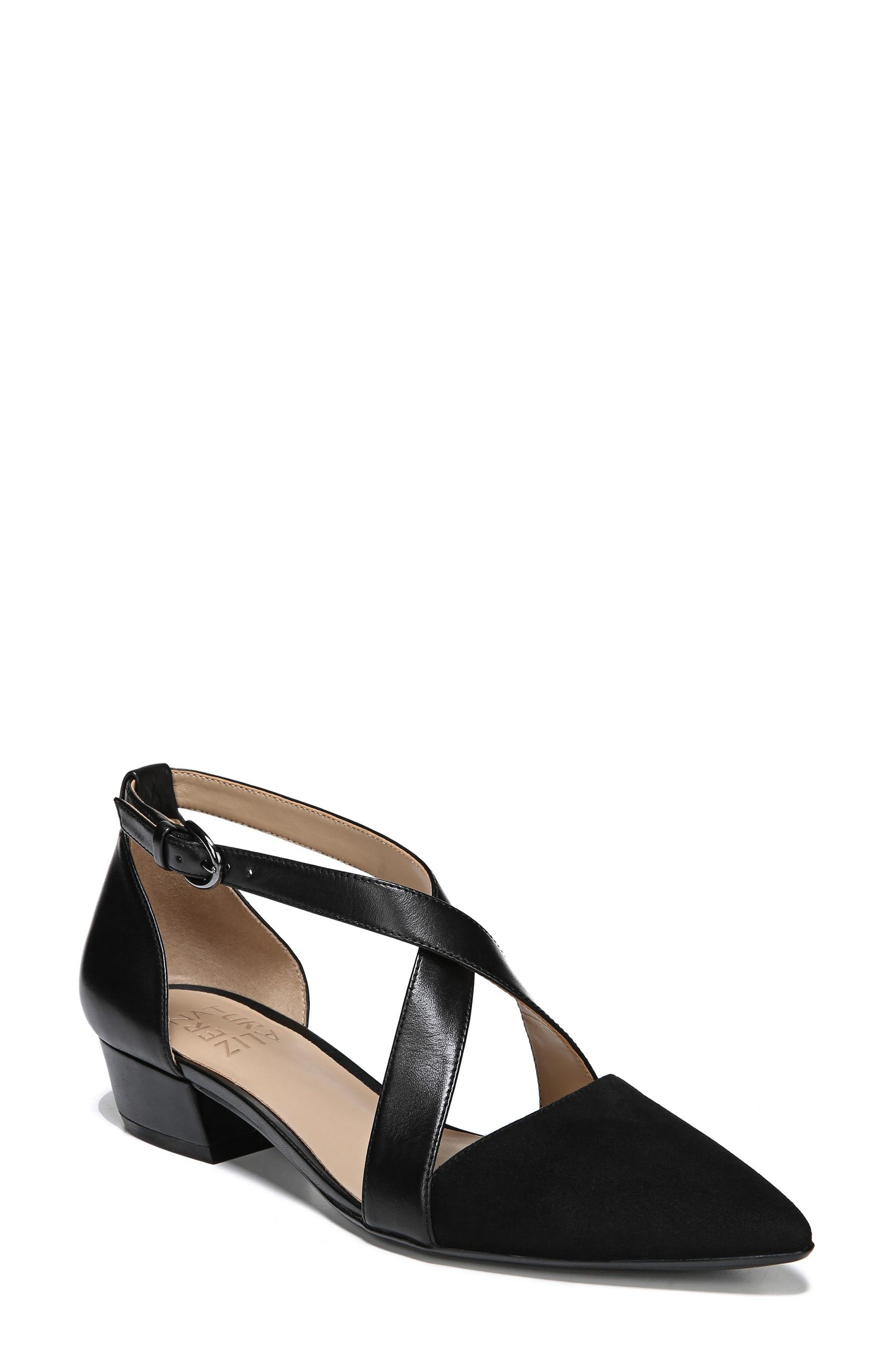 Naturalizer Blakely Pump