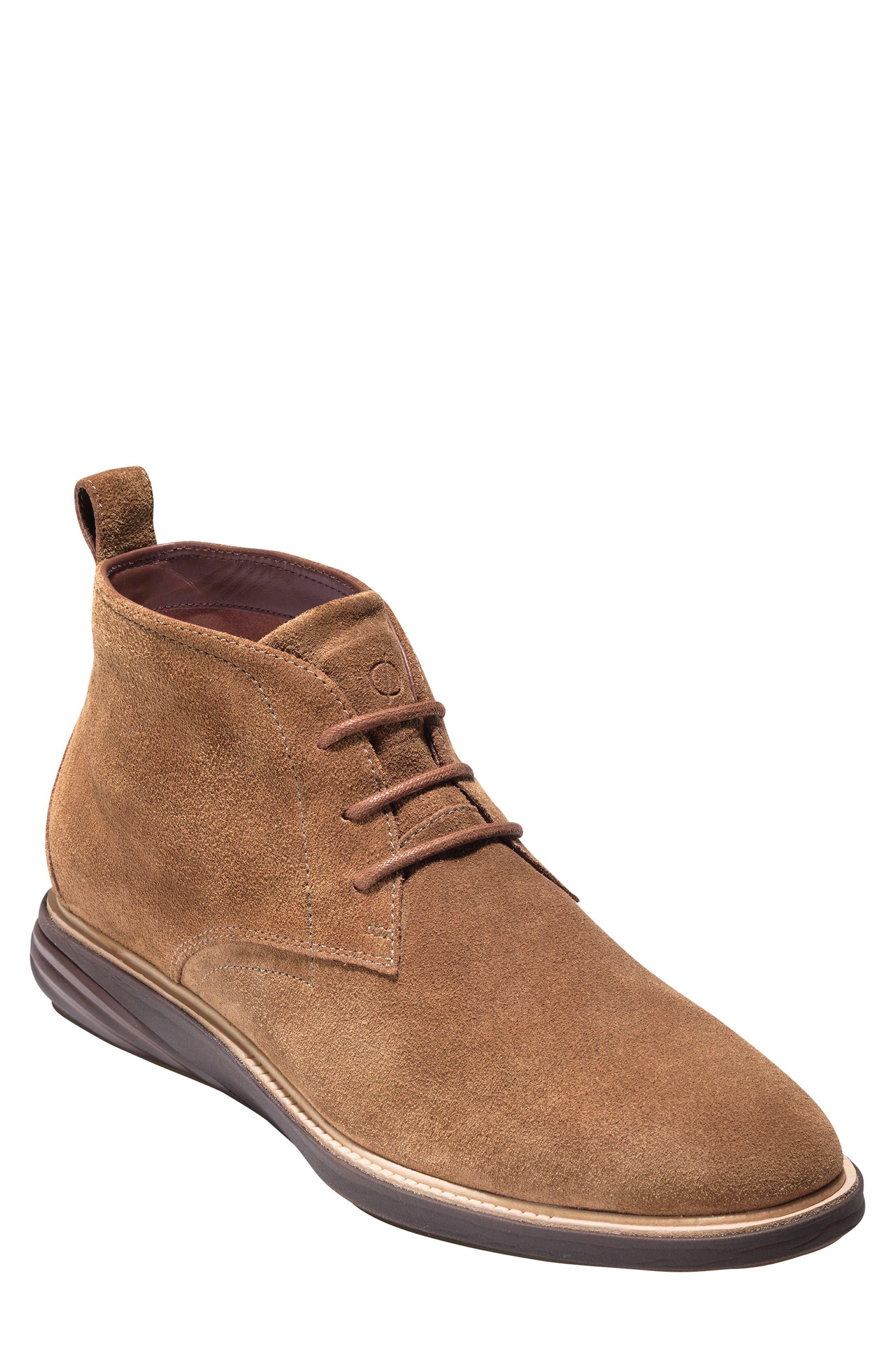 Grand Evolution Leather Chukka Boot
