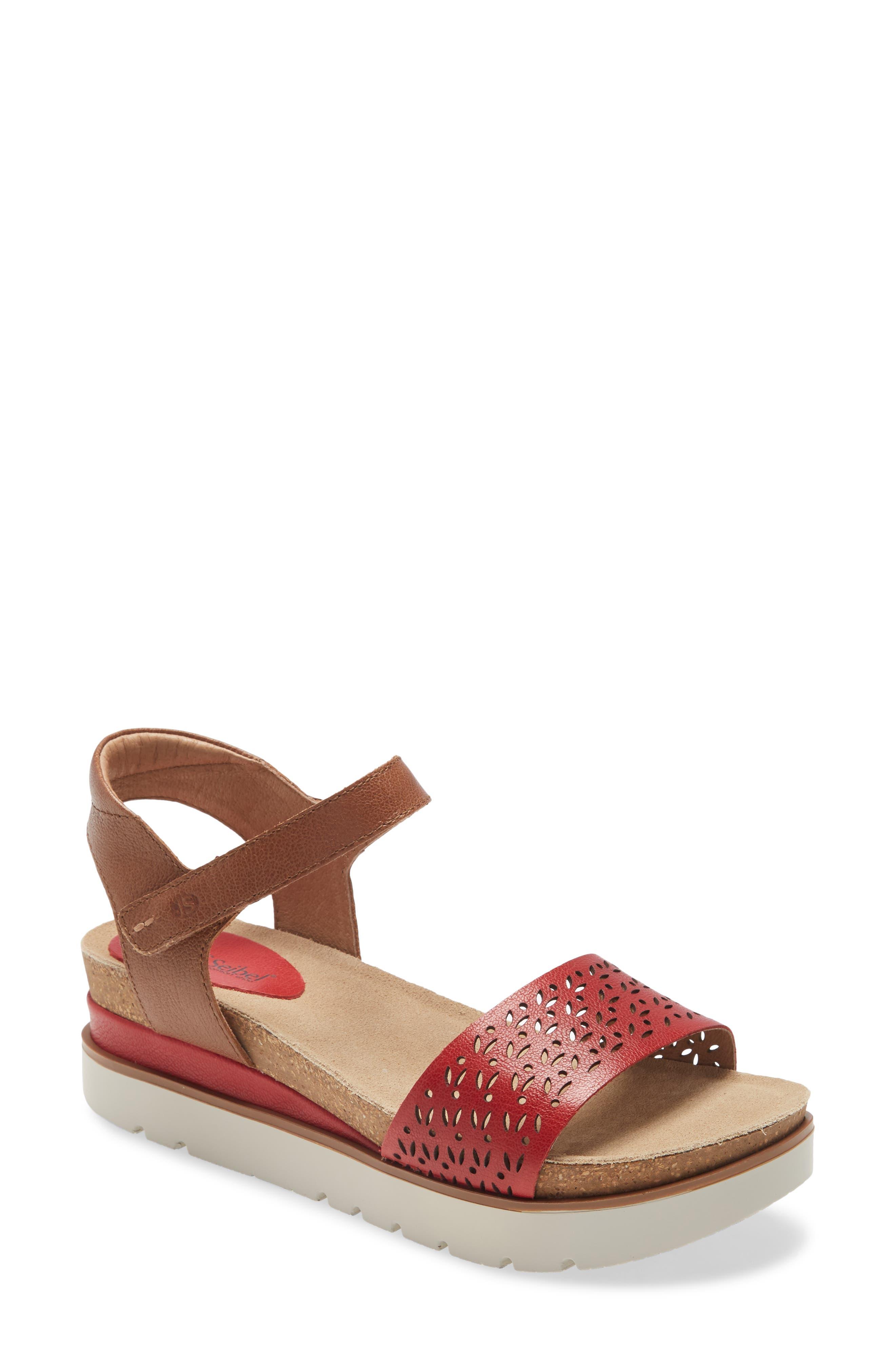 Clea 09 Platform Sandal