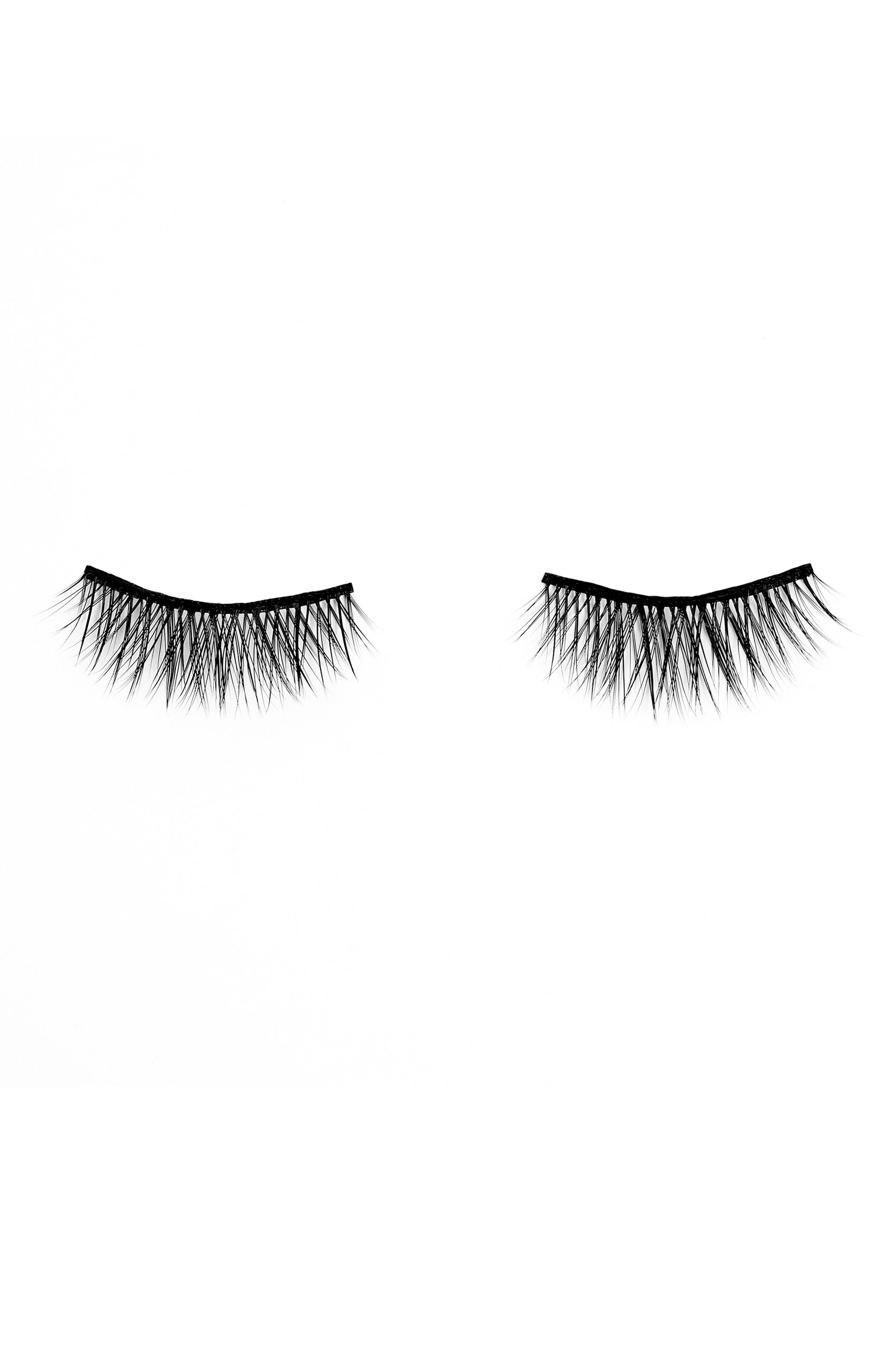 BLINKING BEAUTE Brill Luxe Innovative False Lashes at Nordstrom