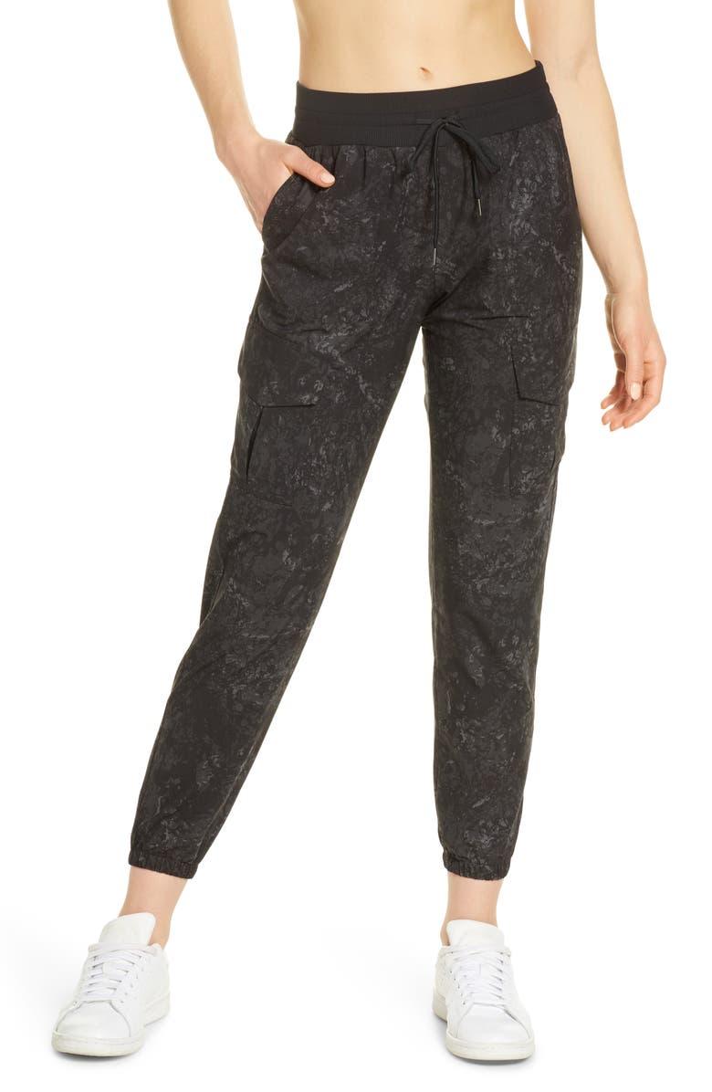 ZELLA Getaway Cargo Pants, Main, color, 001
