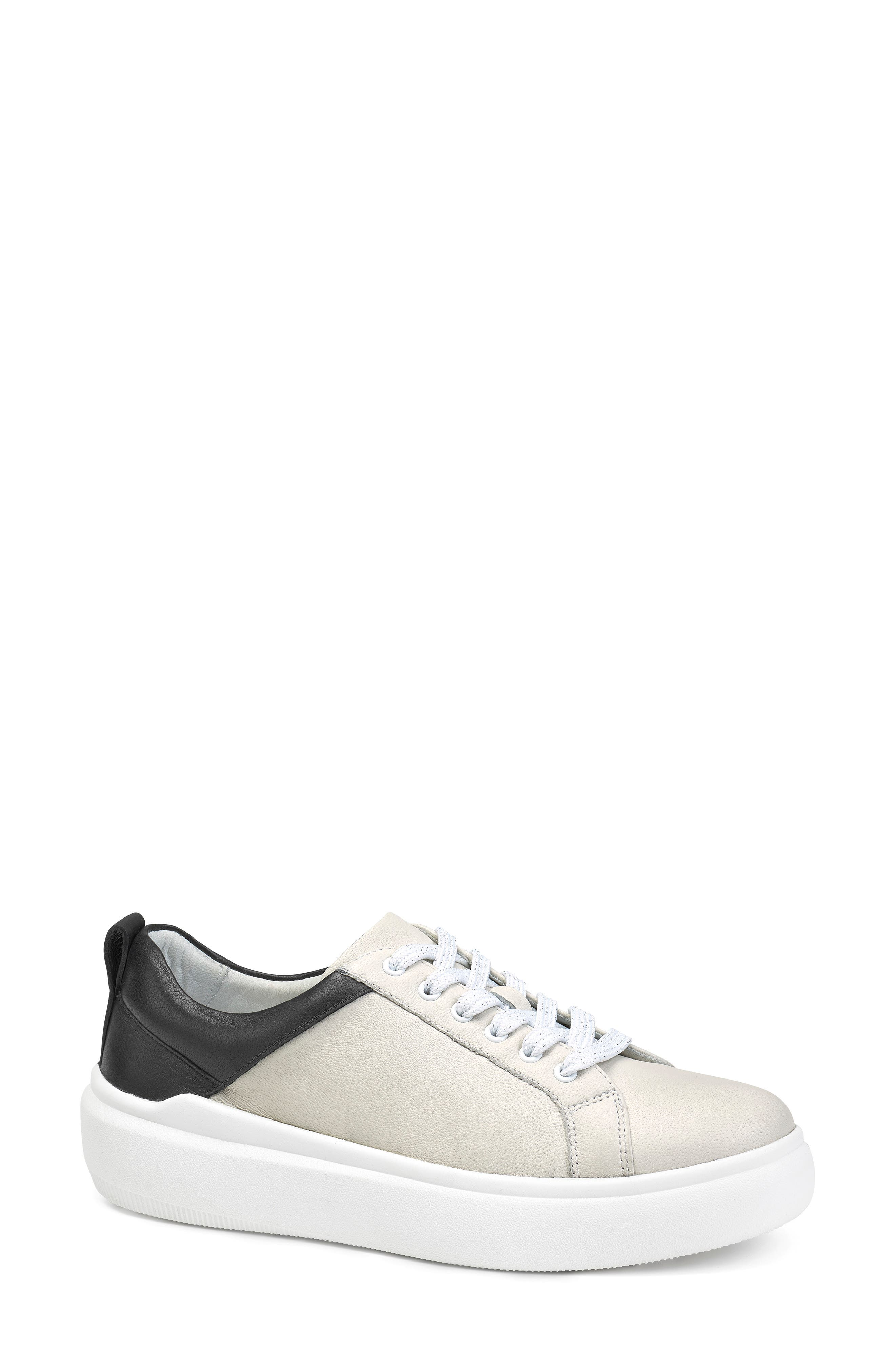 Image of Trask Layla Sneaker