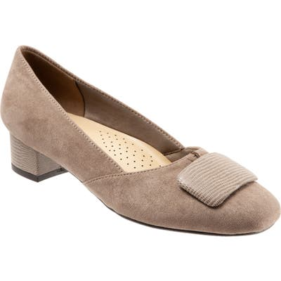 Trotters Delse Pump, Beige