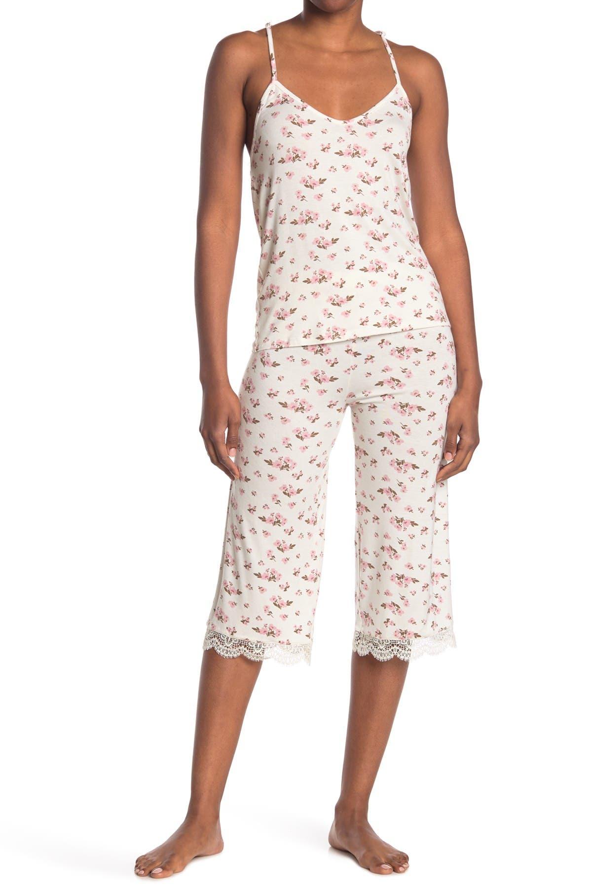 Image of COZY ROZY Just Bloom Lace Trim Camisole & Pants 2-Piece Pajama Set