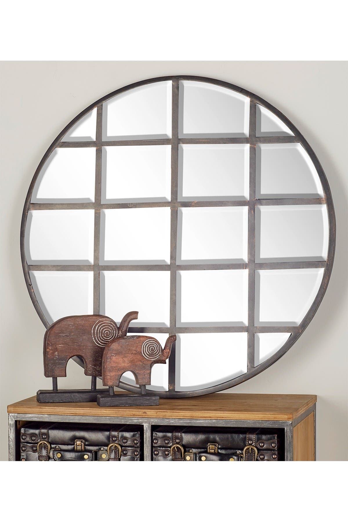 Image of CosmoLiving by Cosmopolitan Silver/Reflective Modern Wood Wall Mirror