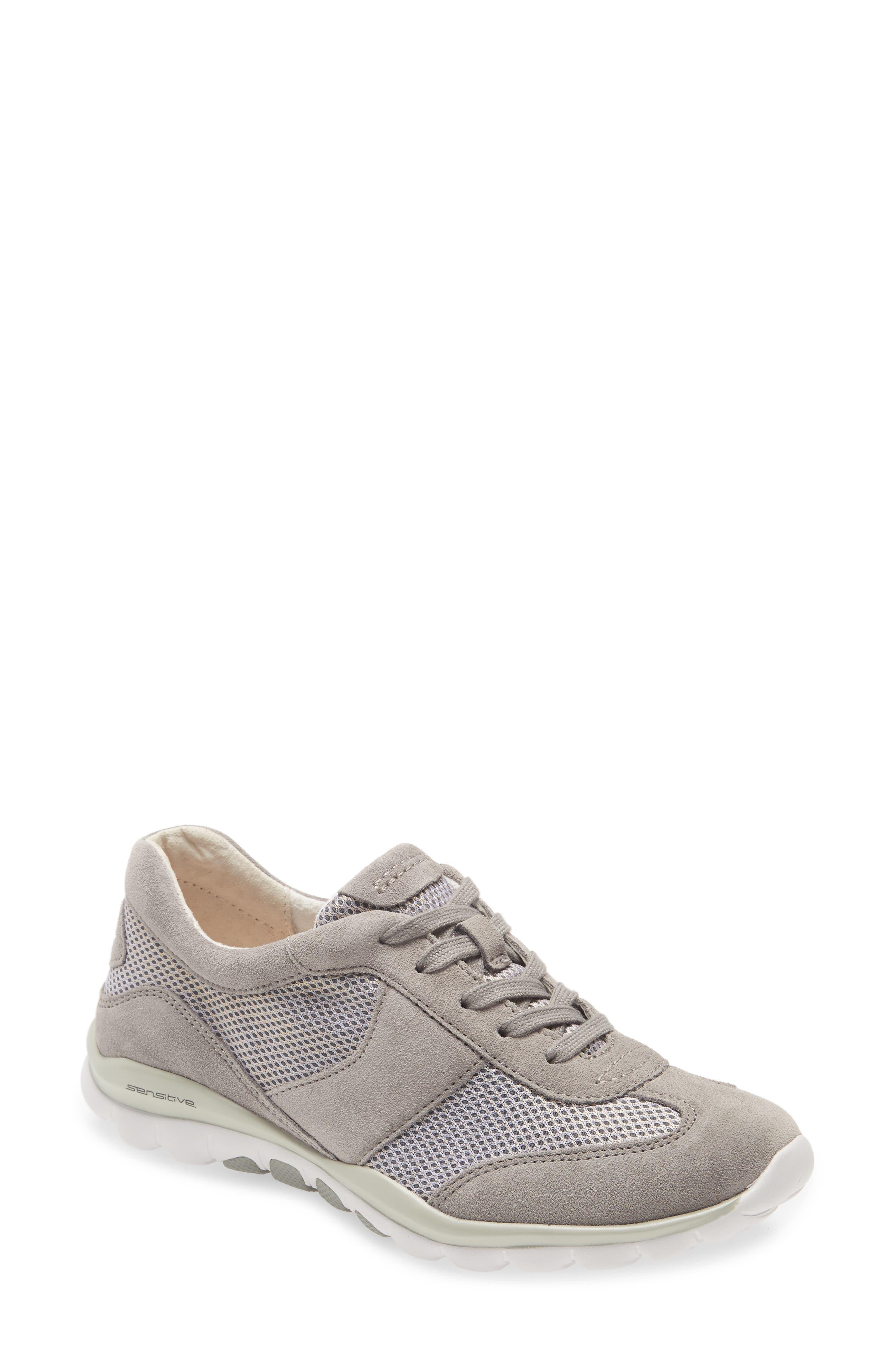 Rolling Soft Sneaker