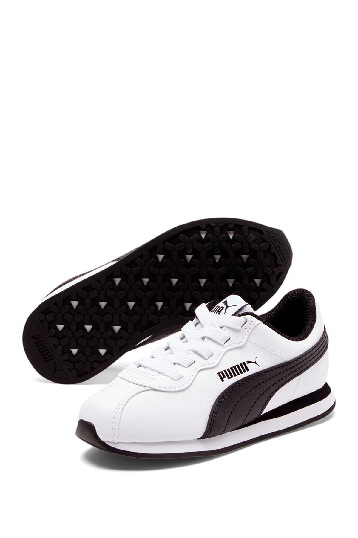 Image of PUMA Turin II AC Sneaker