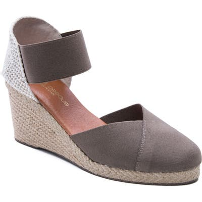 Andre Assous Anouka Espadrille Wedge, Brown