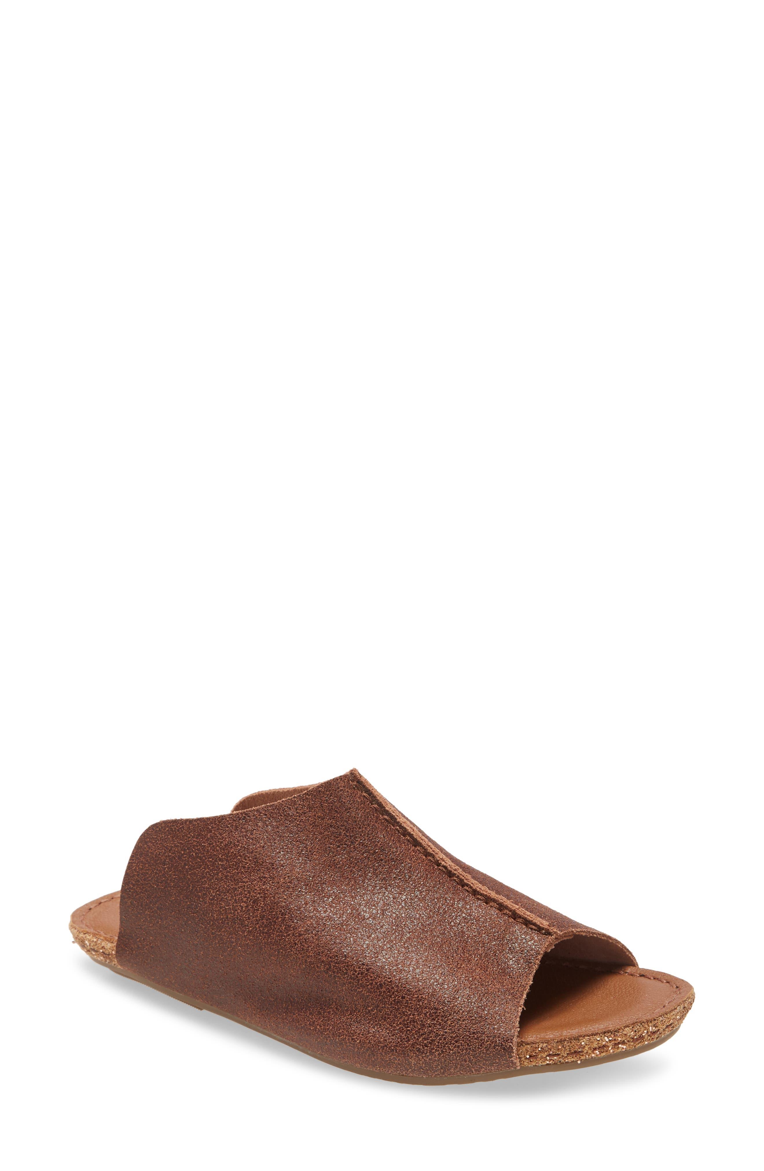 Gracey Slide Sandal