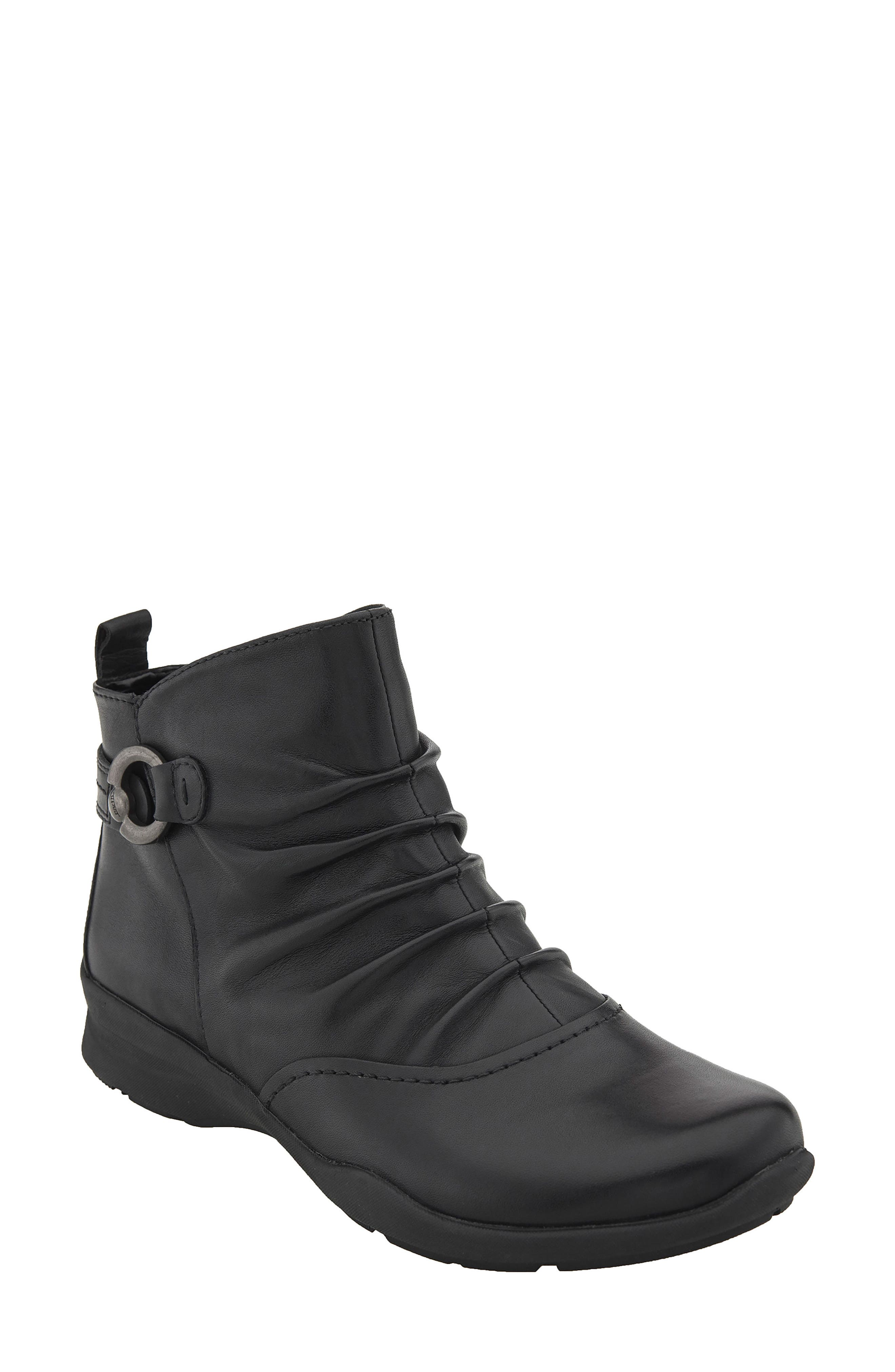 Image of Earth Alta Leather Ankle Bootie