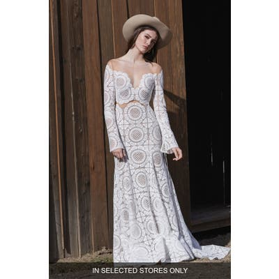 Willowby Westley Long Sleeve Lace Sheath Wedding Dress, Size - Ivory