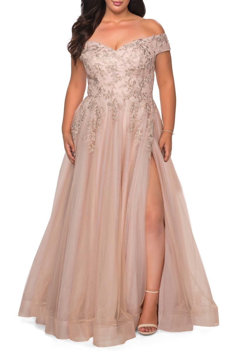 LA FEMME Lace & Tulle Off-Shoulder Gown, Main, color, CHAMPAGNE