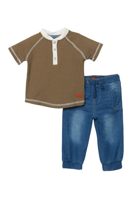 Image of 7 For All Mankind Short Sleeve Henley & Jeans Set